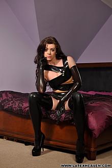 Rhian Bandage Dress - Picture 6